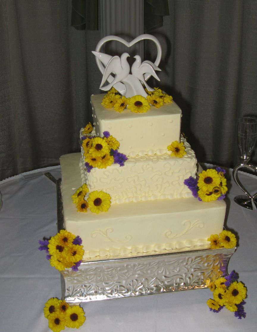 Wedding Cake Floral Decorations